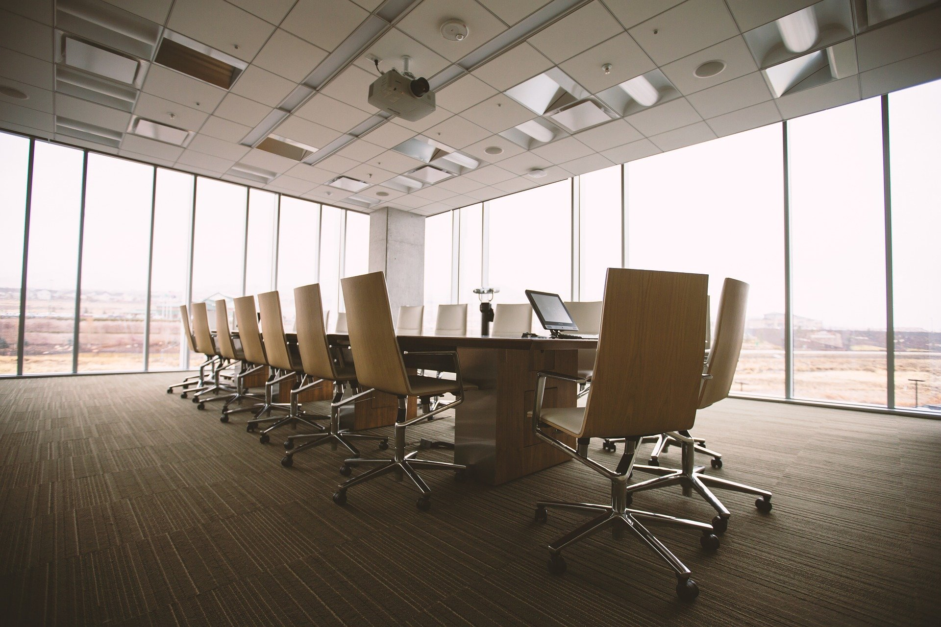 OFFICE CLEANING AND COMMERCIAL PREMISES